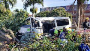 19 injured in taxi crush