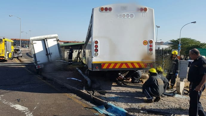 2 Killed and 30 Injured in Durban CBD Bus Crash (2)