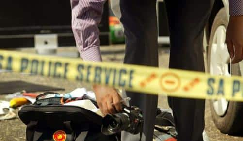 Two killed after loose trailer smashes into bakkie