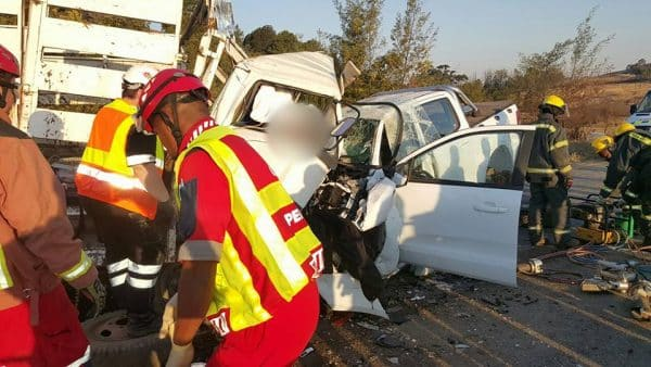 TWO DIE IN TRUCK AND BAKKIE COLLISION IN KZN