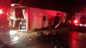 Bus overturns killing 1, more than 40 injured in KZN