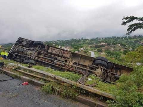 At least 3 dead after bus rolls on M1 Higginson Highway: Pics