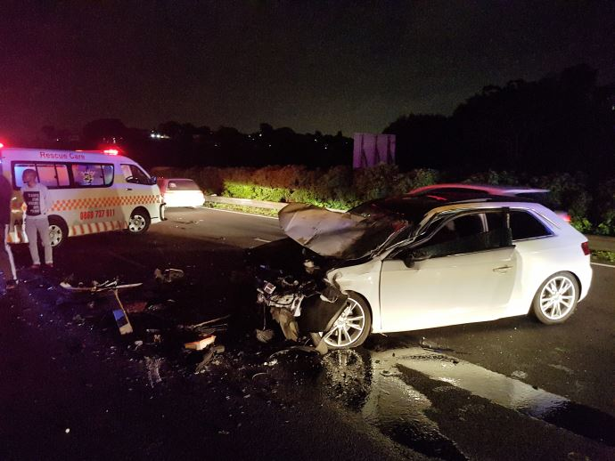 3 People injured after the vehicle collides with a truck in Pinetown
