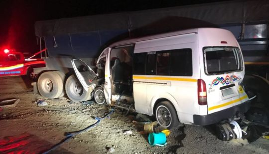 Two people were killed when a taxi crashed into a truck un Potchefstroom