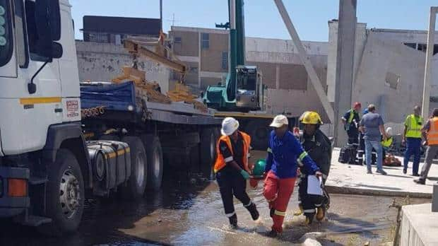 WATCH: Wall collapses onto truck killing 3 in Durban