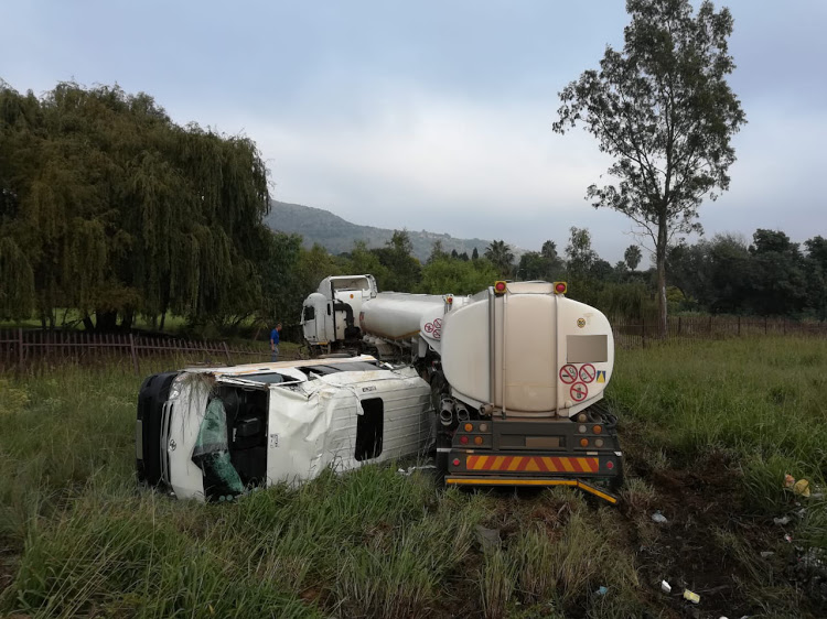 Truck and taxi crash in joburg