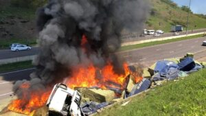 Watch   Two truck drivers killed in KZN crashes