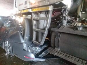 Watch   Durban 20 vehicle pile-up leaves many injured