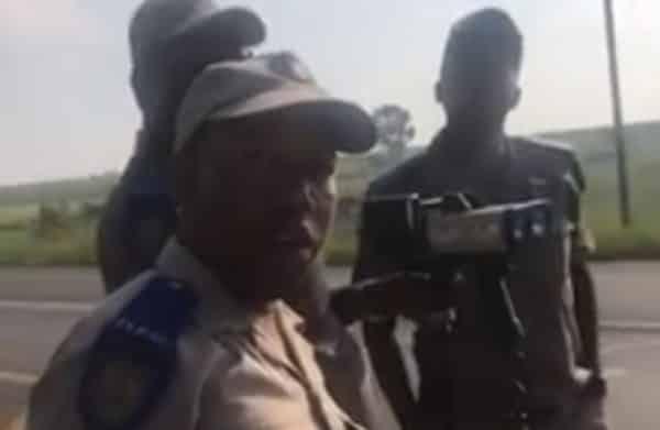 mpumalanga traffic cops get away with warnings