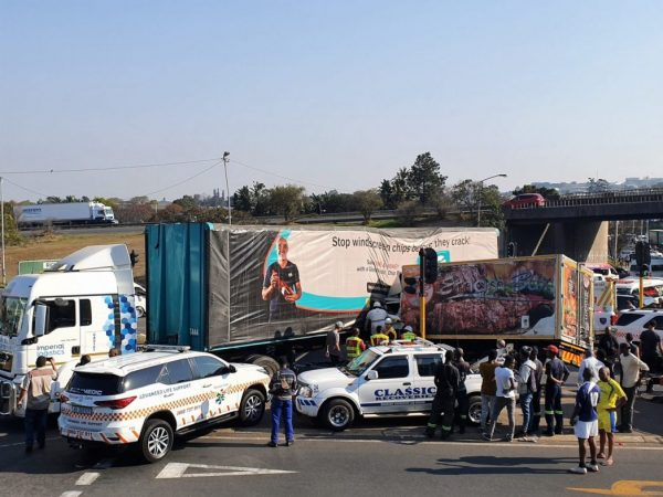 Truck driver killed, 3 other people injured in M13 crash in Pinetown