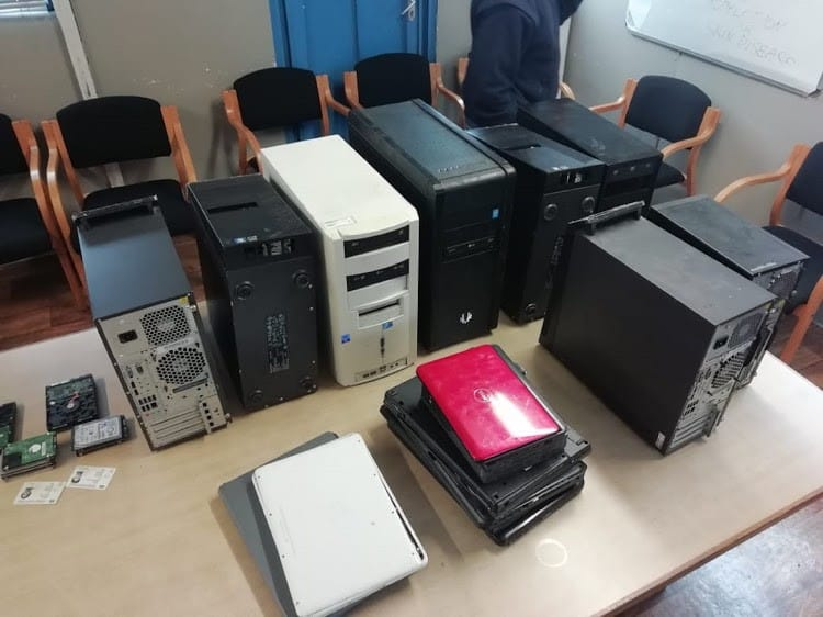 Police bust 'one-stop forgery shop' in Gugulethu internet cafe