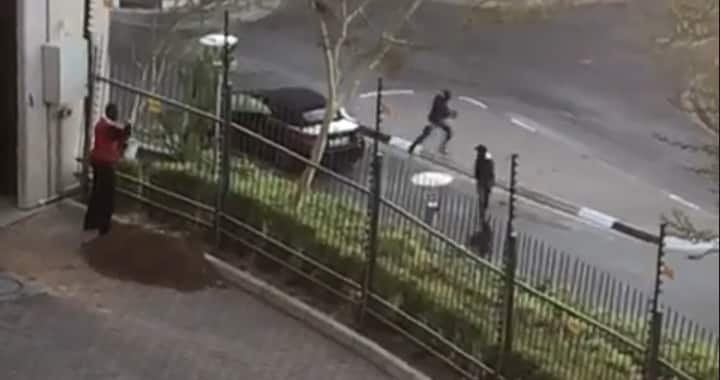 Watch: Fierce shootout in Sandton after botched Rolex gang robbery