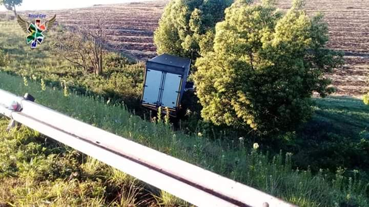 Man killed in N3 truck and car collision in Durban