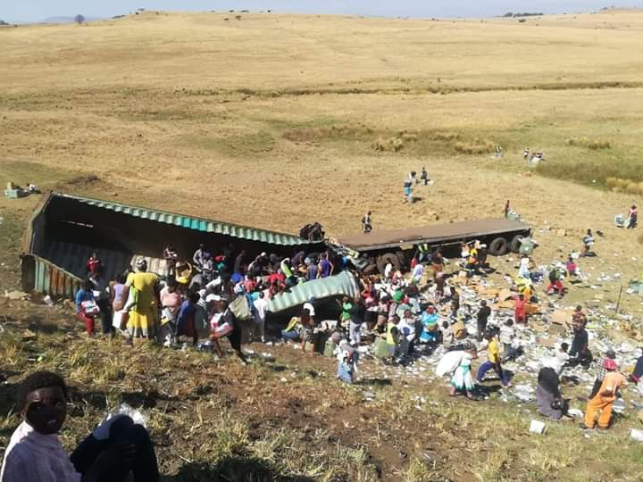 Watch: Truck driver seriously injured in N3 accident at Estcourt