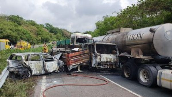 PICS: Trucker killed in Durban horrific 6 vehicle crash and inferno