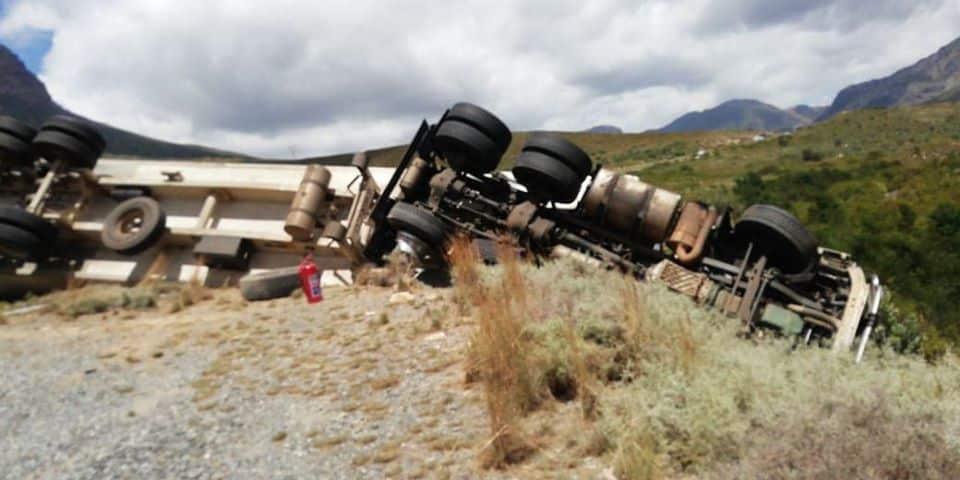 truck accident near huguenot tunnel