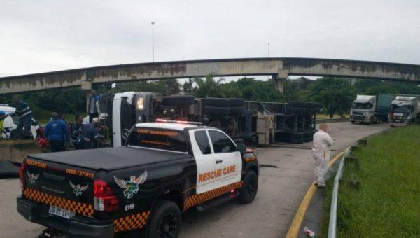 WATCH: Driver killed in M7 crash in Durban