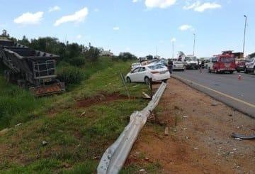 truck accident magaliesburg