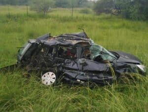 5 killed in N1 truck and car accident near Mantsole weighbridge