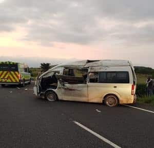 15 injured in taxi accident on N3 at Bergville