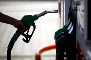 Record fuel price drop for April – last seen 2013