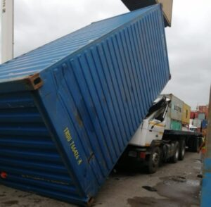 Driver escape injury after container falls crashing onto truck at DCT Pier 1