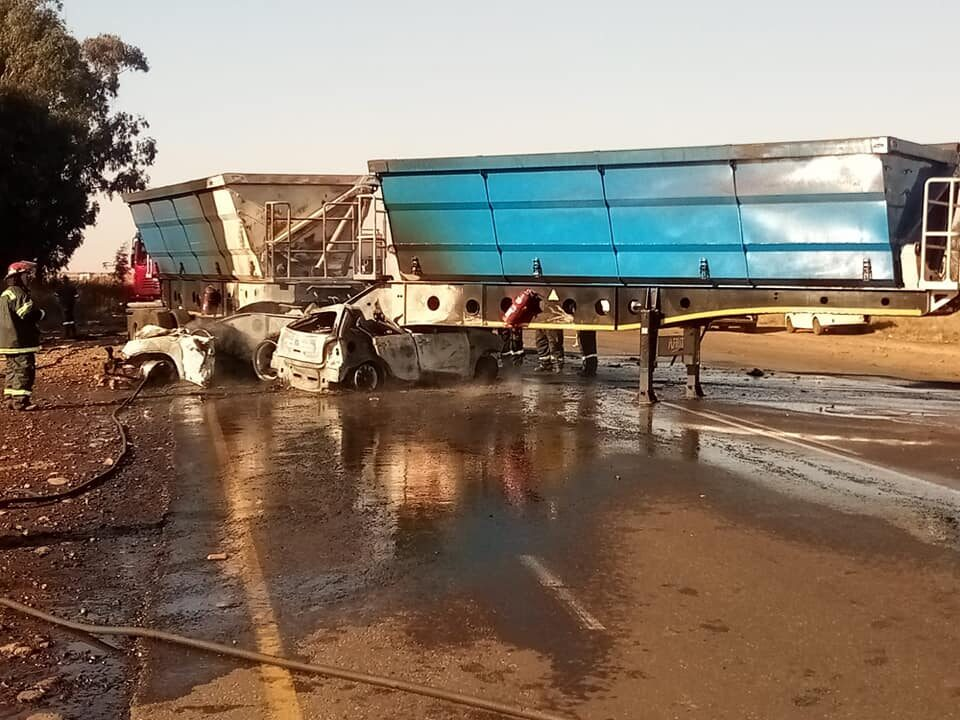 r545 car truck accident