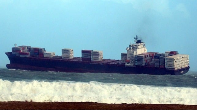 Container ship 'stuck at anchor' in stormy seas in Table Bay