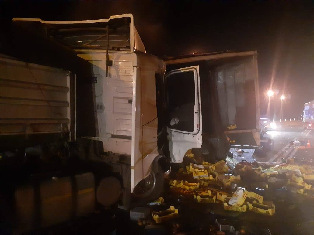 Watch: N3 truck accident near Montrose leaves four injured