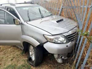 Watch: Fleeing hijacker crashes SUV, gets arrested on the N12
