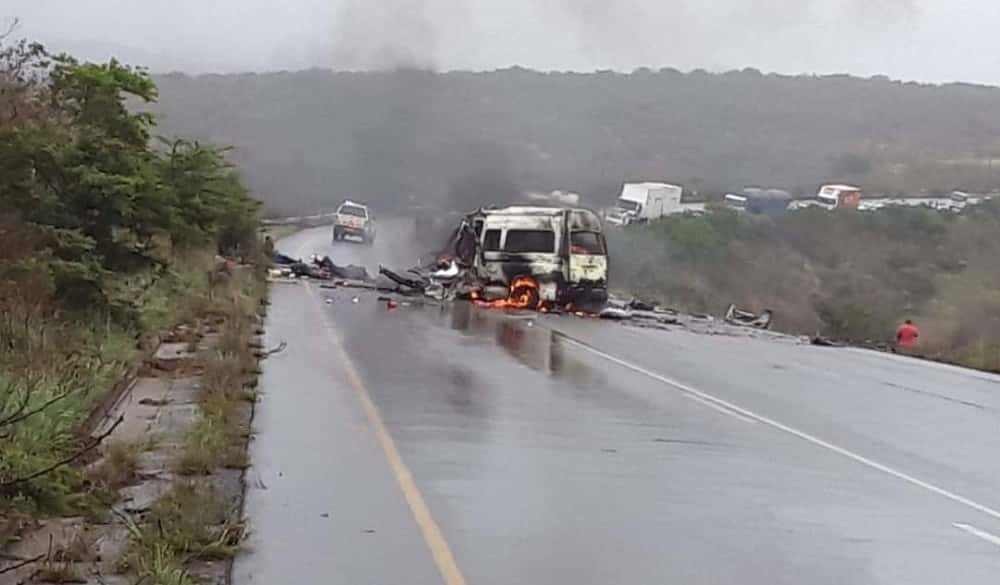 Trucker amongst 13 killed in R66 truck and taxi head-on crash