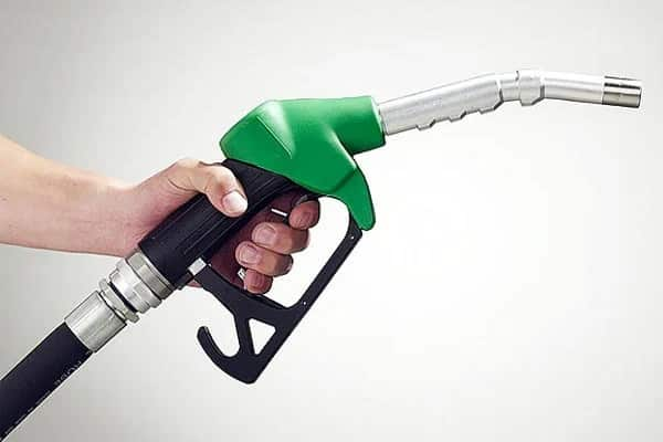 November petrol prices expected to drop slightly
