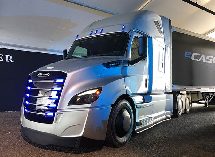 Daimler trucks, Wilmo to partner in developing self-driving semi-trucks