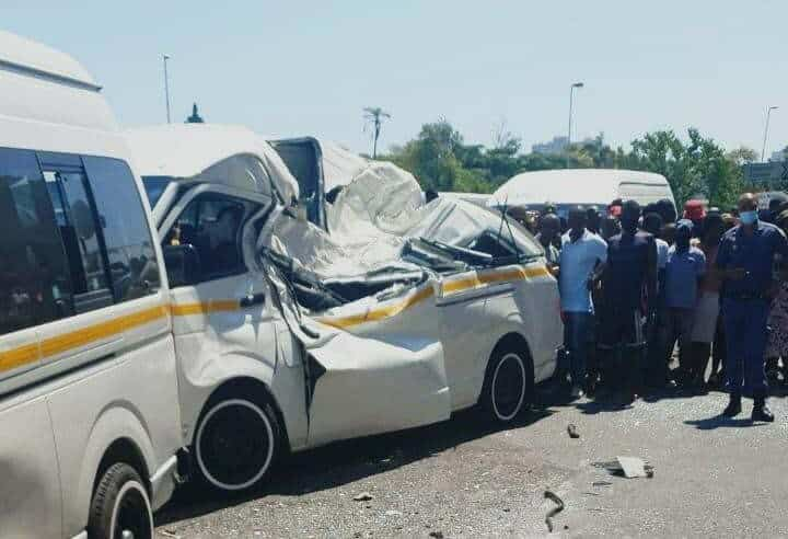 WATCH | One killed as bakkie plunges off N3 bridge landing on taxi in Durban