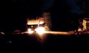 Violent protestors shoot at cops, loot and burn 3 trucks in Boksburg