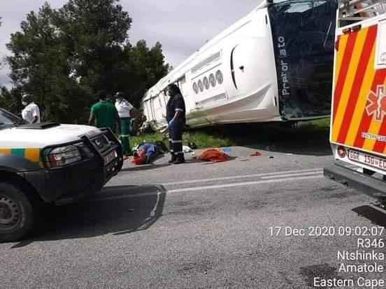 One dead as speeding Intercape Bus overturns in Eastern Cape