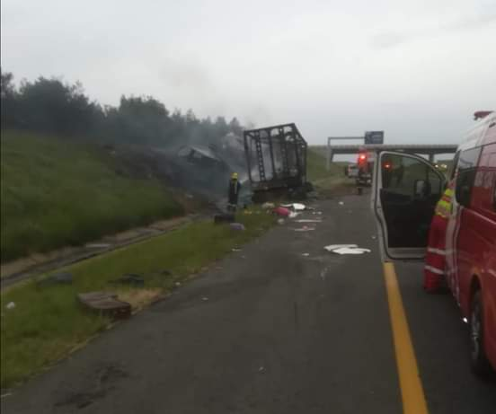 Two dead, multiple injured in N3 truck crash near Heidelberg weigh bridge