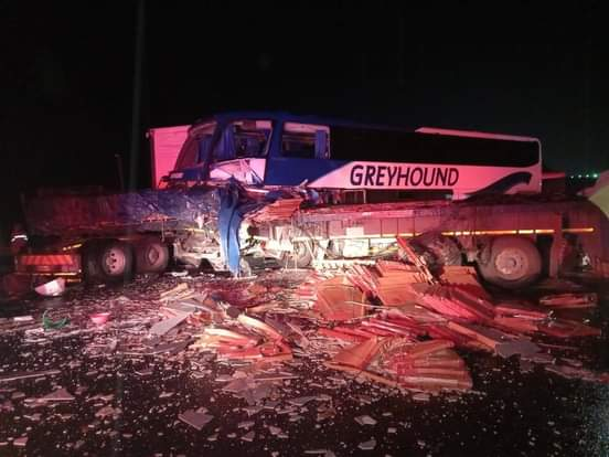 Pics: One dead as Greyhound Bus collide with truck on N3 Van Reenens Pass