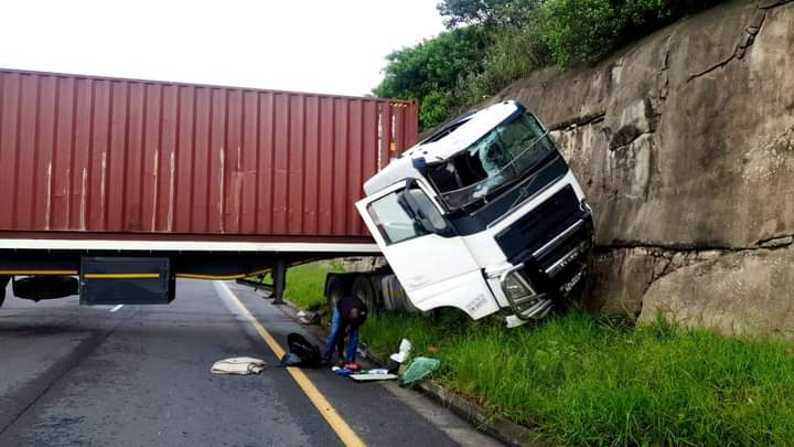 Two police officers killed in M7/N2 interchange truck collision with car