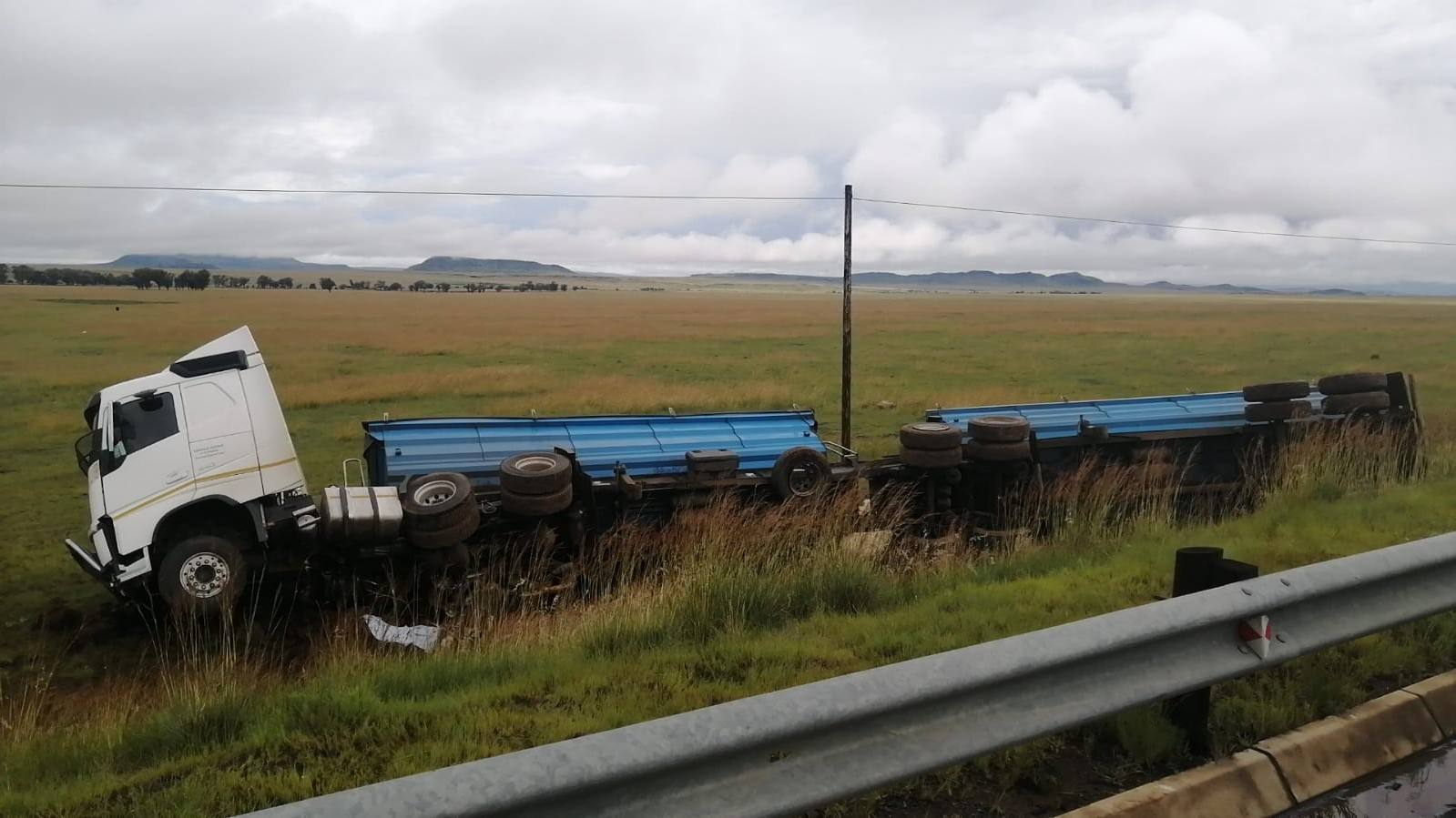 BMW in N8 Botshabelo fatal crash threw itself into the truck's path, says witness
