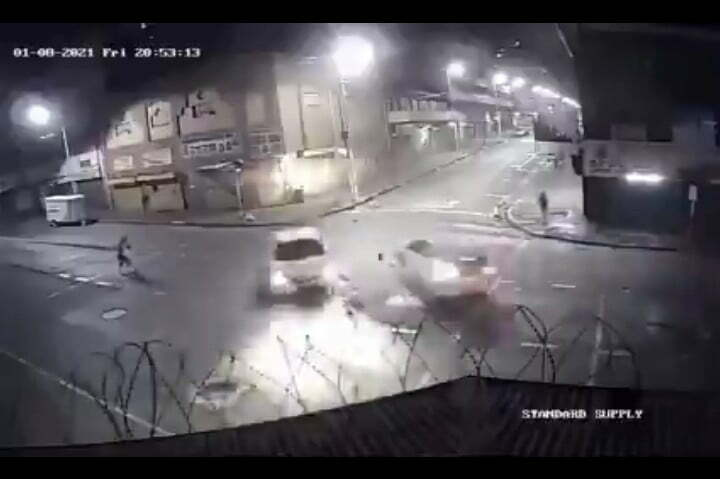 Watch: Reckless driver crashes into another car and flees the scene in Johannesburg