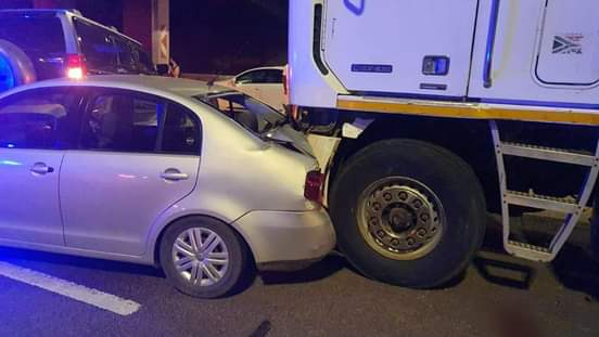 Massive 31 vehicle crash on N1 after man jumps onto highway and gets hit by truck