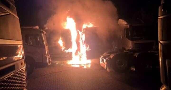 Volvo trucks burnt Amanzimtoti