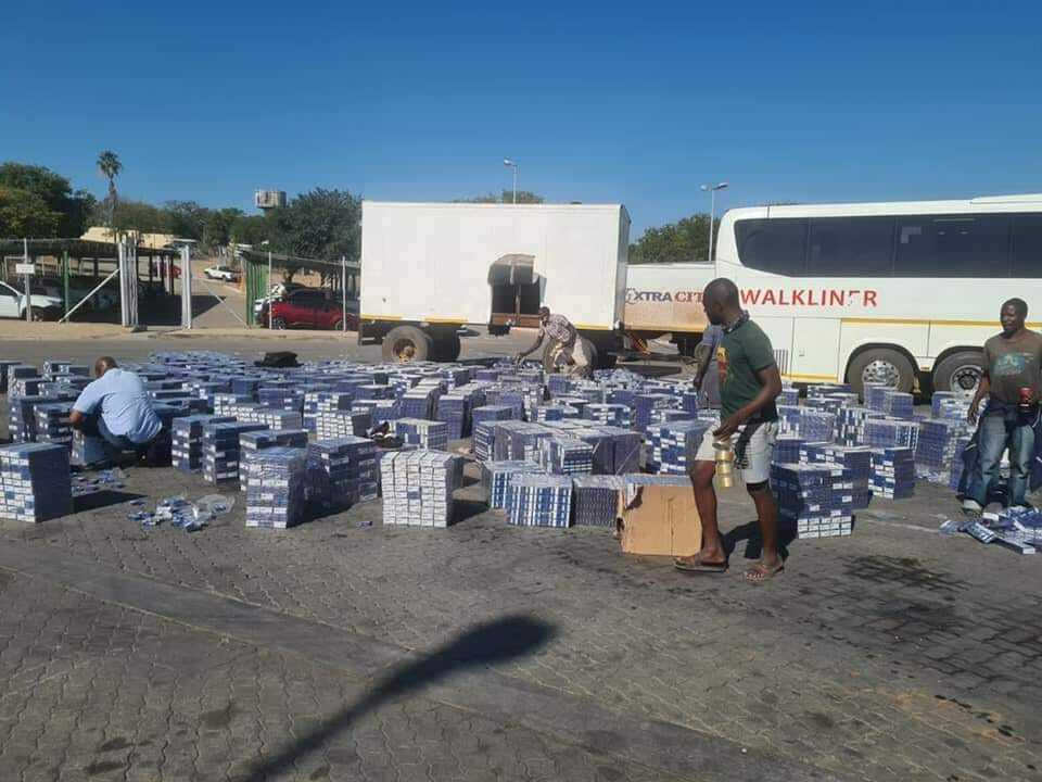 Bus smuggling illicit cigarettes at Beitbridge border post