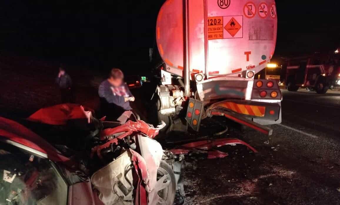 bmw crash into tanker n17