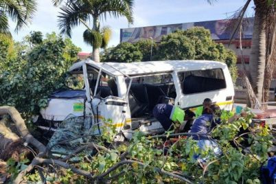 55522092DurbanTaxicrash-806x453.jpg